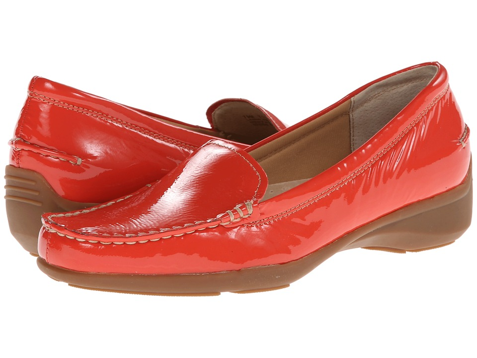 Trotters - Zane (Coral Crinkle Patent Leather) Women