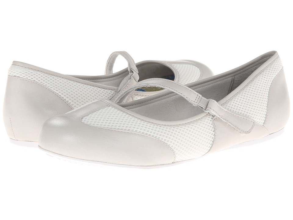 SoftWalk - Nadia (Smoke/White) Women's Flat Shoes