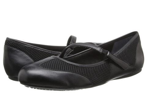 SoftWalk - Nadia (Black Leather) Women
