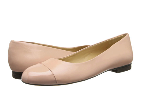 Trotters - Chic (Blush Glazed Kid Leather) Women's Slip on Shoes