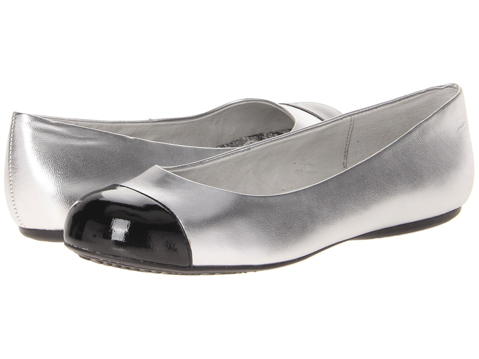 SoftWalk - Napa (Silver/Black) Women