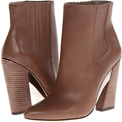 BCBGMAXAZRIA Metild (Mushroom Polished Calf) Footwear