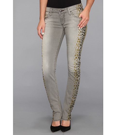 True Religion - Jude Low-Rise Skinny in Sand Drifter (Sand Drifter) Women