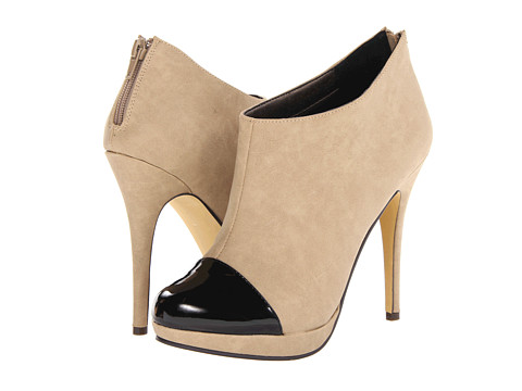 Miss A - Moxby 1 (Natural/Black) Women