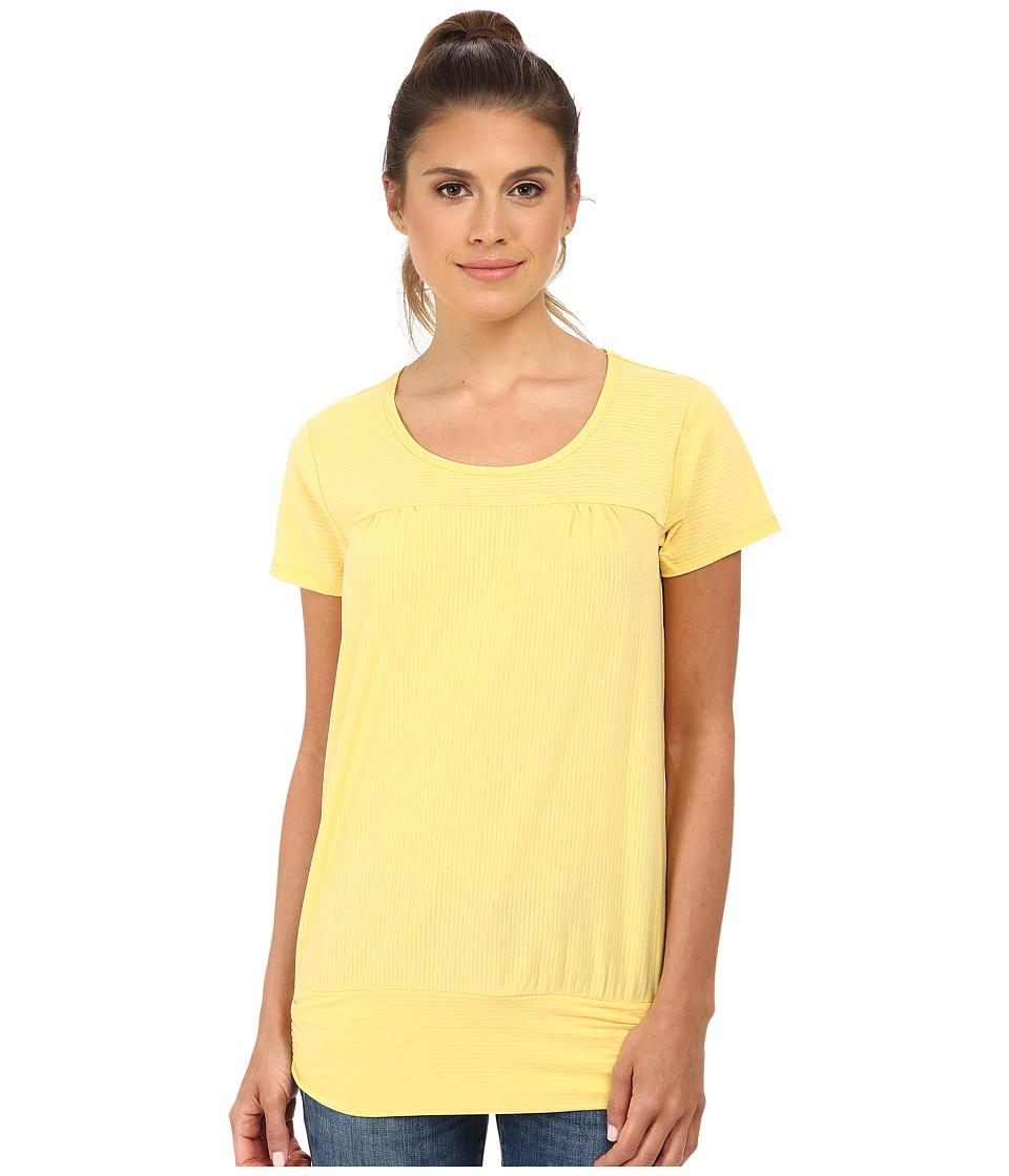 Royal Robbins - Briza S/S (Lemon) Women's Short Sleeve Pullover