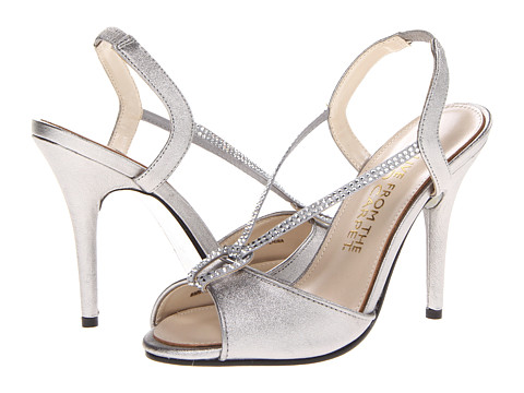 E! Live from the Red Carpet - Yolanda (Aluminum Dust Vitello) Women's Dress Sandals