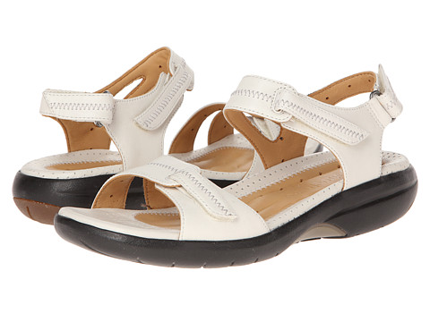 Clarks - Un.Galleon (White) Women's Shoes