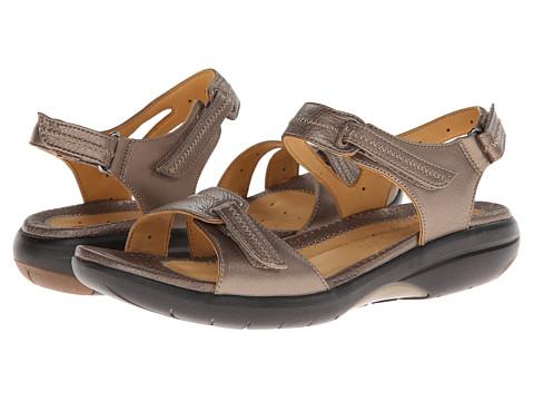 38dacc7250ea UPC 887460604890 product image for Clarks Un.Galleon (Bronze) Women s Shoes