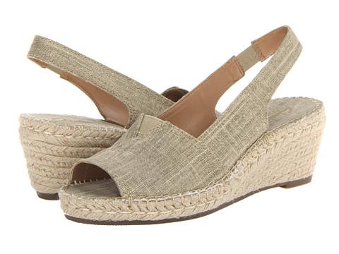 Clarks - Petrina Rhea (Sand) Women's Shoes