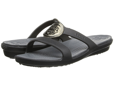 Crocs - Sanrah Circle Embellishment Sandal (Black/Charcoal) Women