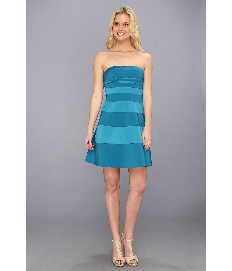 Jessica Simpson - Strapless Fit and Flare Panel Dress (Ocean Depths) Women