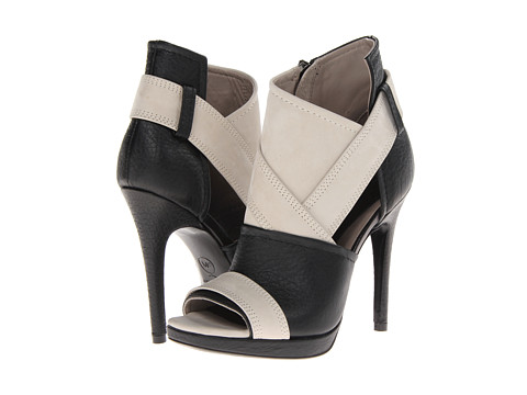 McQ - 336025R2144 1075 (Stone/Black) High Heels