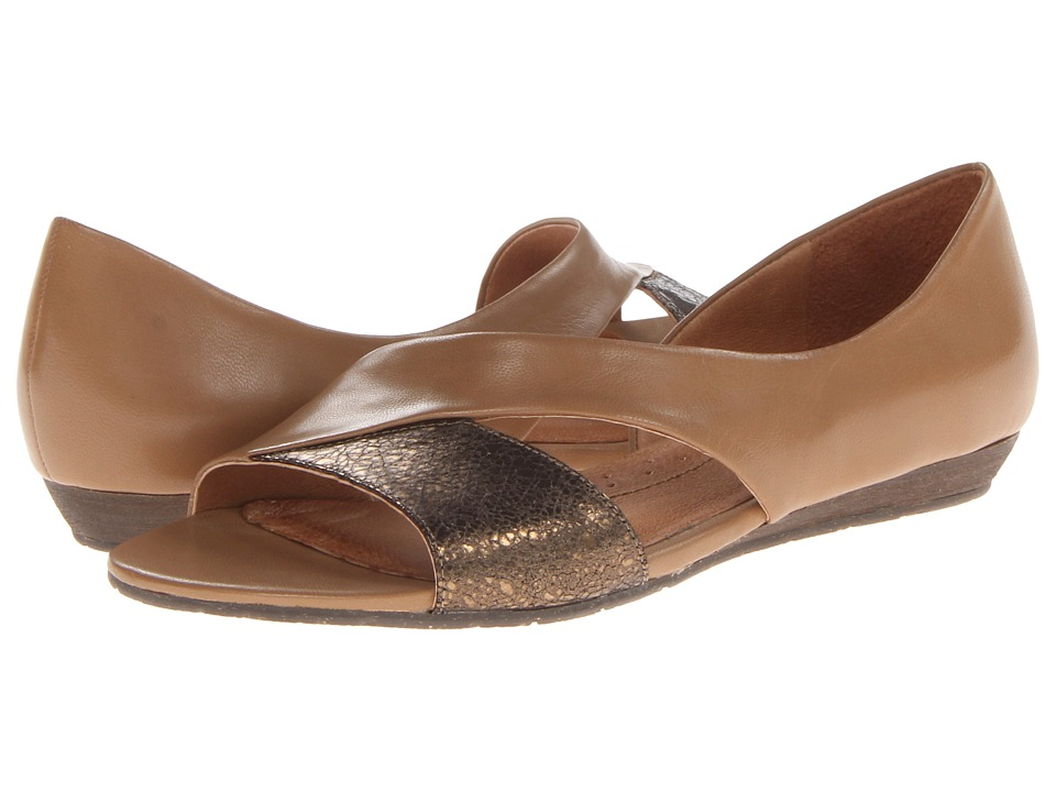 Naya Heaton (Corda Leather/Bronze Metallic) Women