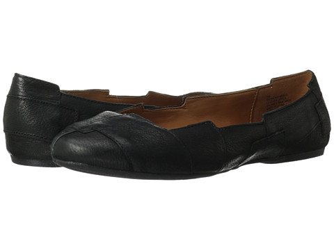Shop Nine West online and buy Nine West CherryWood Black Leather Shoes - Nine West - CherryWood (Black Leather) - Footwear: Make bold statement with these fabulous flats! ; Easy slip-on wear. ; Suede or leather upper. ; Man-made lining. ; Lightly cushioned man-made footbed. ; Man-made sole. ; Imported. Measurements: ; Heel Height: 1 4 in ; Weight: 5.8 oz ; Product measurements were taken using size 7.5, width M. Please note that measurements may vary by size.