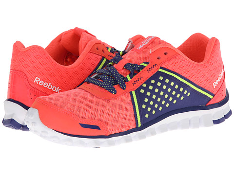 Reebok - Realflex Scream 4.0 (Punch Pink/Violet Volt/Neon Yellow/White) Women's Running Shoes