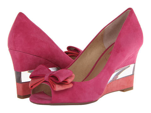 Isaac Mizrahi New York - Jujubee 2 (Pink Multi Suede) Women's Wedge Shoes