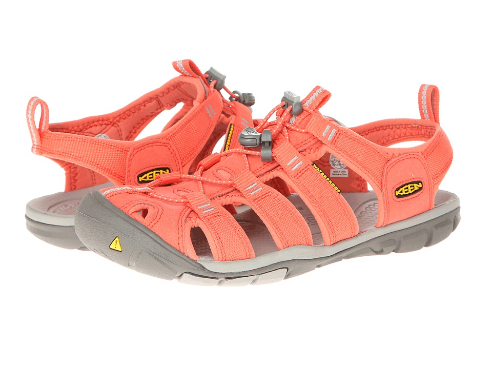 Keen - Clearwater CNX (Hot Coral/Drizzle) Women