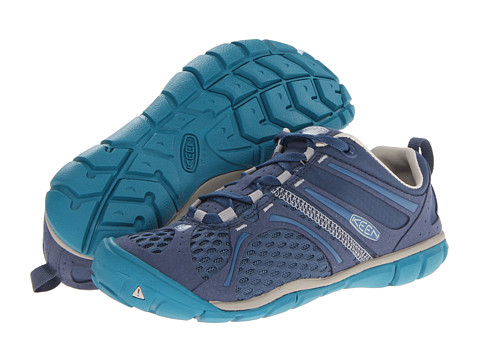 Keen - Madison Low CNX (Ensign Blue/Pumice Stone) Women's Shoes