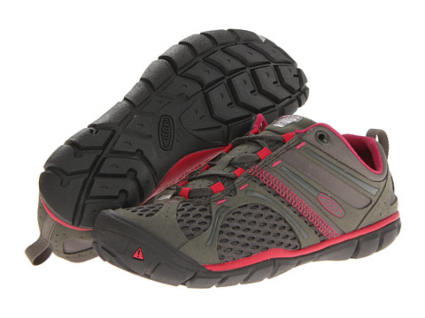 Keen - Madison Low CNX (Dusty Olive/Rose Red) Women's Shoes