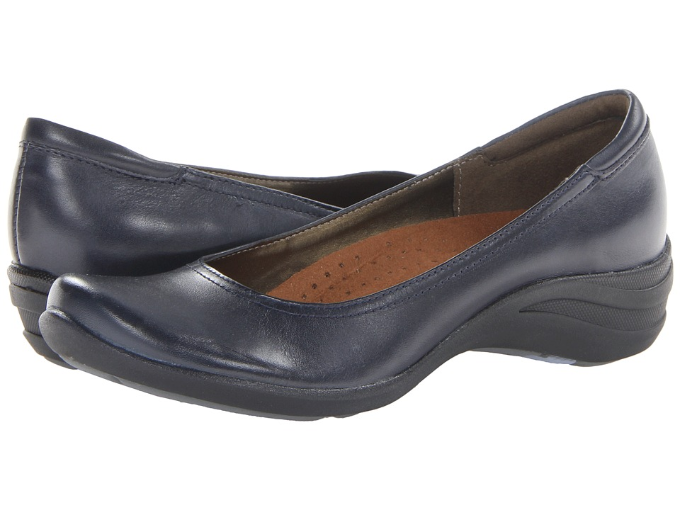 Hush Puppies - Alter Pump (Navy Leather) Women's Slip on Shoes