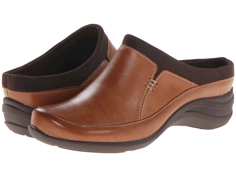 Hush Puppies - Epic Clog (Tan) Women's Shoes