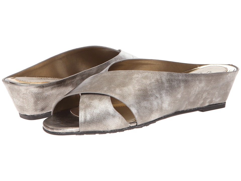 Soft Style - Elida (Vintage Pewter) Women's Shoes