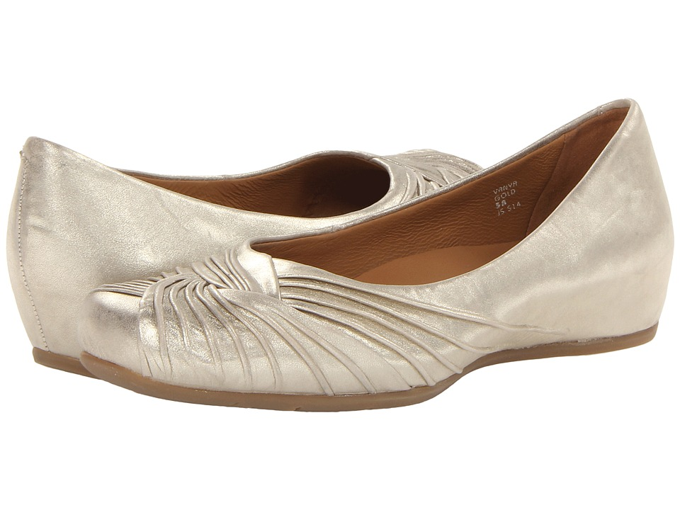 Earth - Vanya Earthies (Gold Distressed Leather) Women's Slip-on Dress Shoes