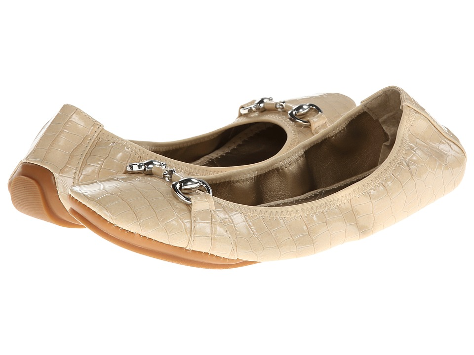 Soft Style - Mattie (Bone) Women's Shoes