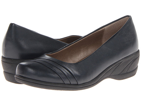 Soft Style - Easy To Pleats (Navy Vitello) Women's Slip on Shoes