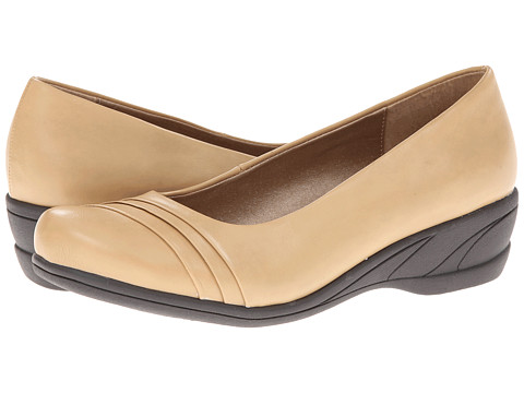 Soft Style - Easy To Pleats (Taupe Vitello) Women's Slip on Shoes