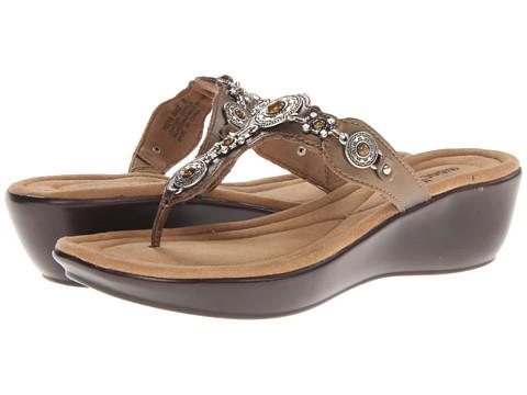 Minnetonka Boca Thong II (Bronze Leather/Bronze) Women's Sandals