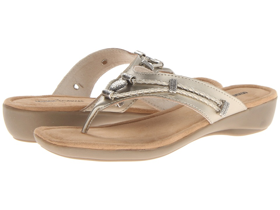Minnetonka - Silverthorne Thong (Washed Gold Leather) Women's Sandals