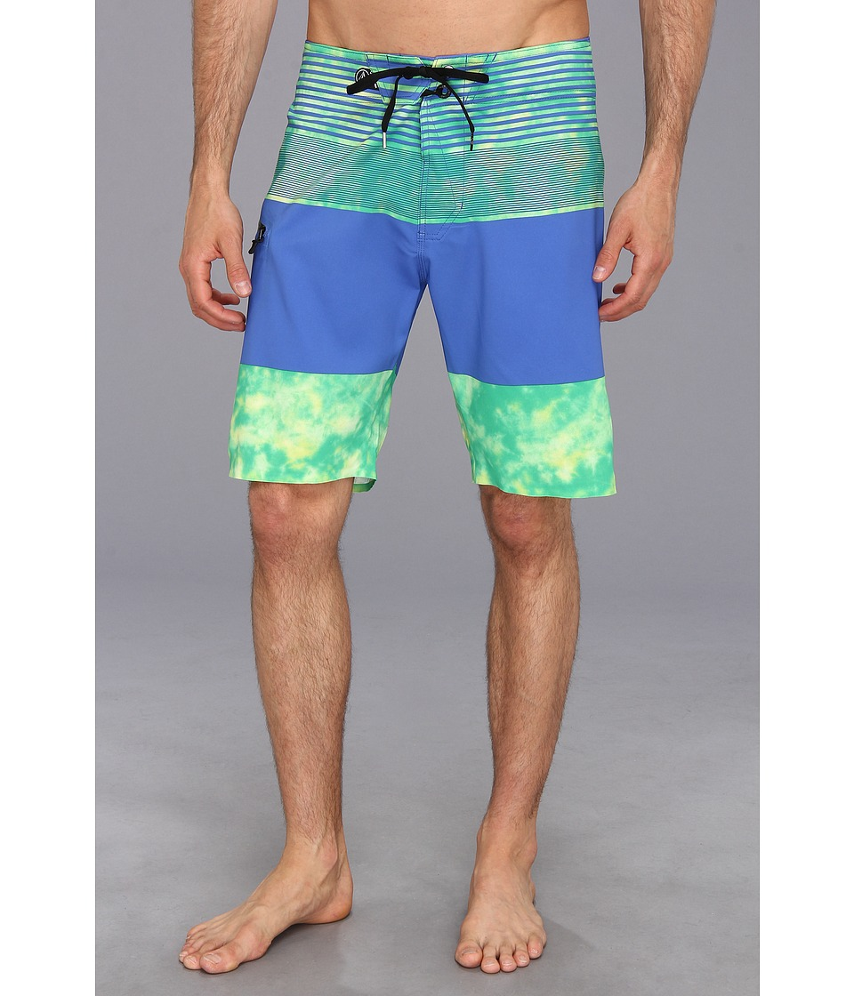 Volcom - Mod-Tech Linear Mod Boardshort (Apple) Men's Swimwear