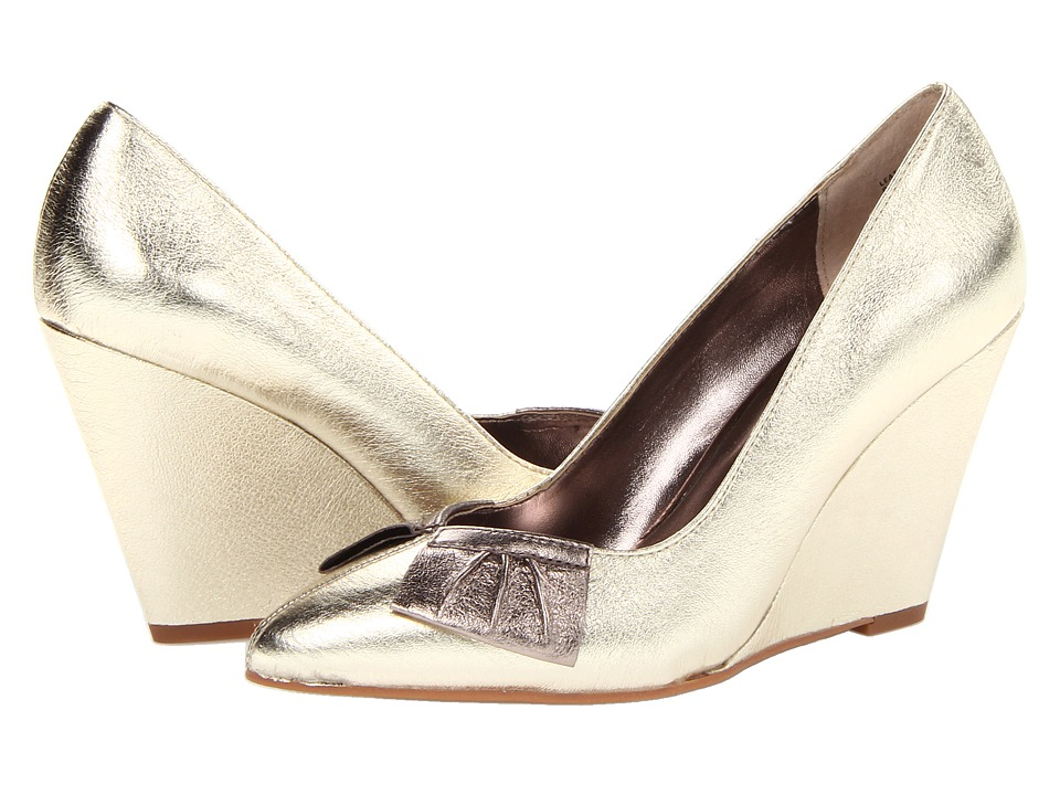 Seychelles - In The Air (Gold) Women's Shoes