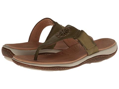 Acorn - Vista Beaded Thong (Loden) Women's Shoes