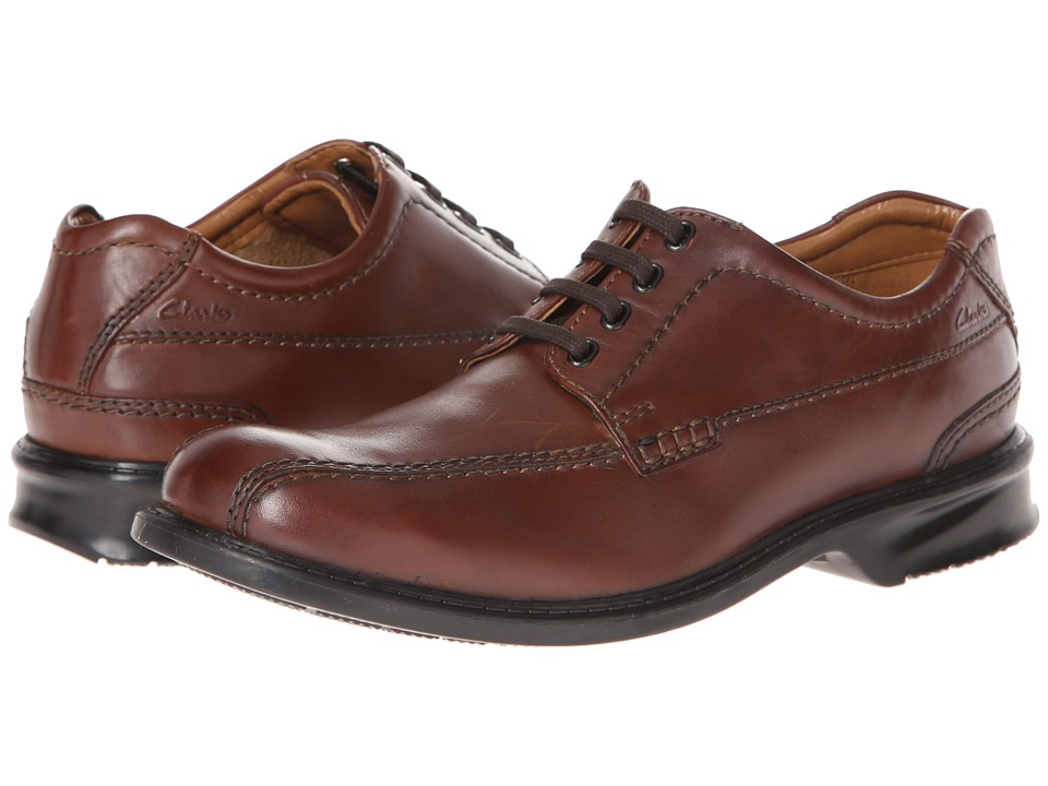 Clarks - Colson Over (Brown) Men's Shoes