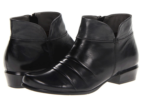 Spring Step - Sovereign (Black) Women's Pull-on Boots