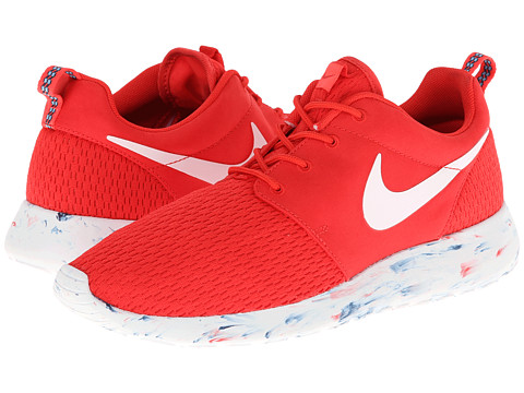 Nike - Roshe Run (Challenge Red/Laser Crimson/Midnight Navy/White) Men's Classic Shoes