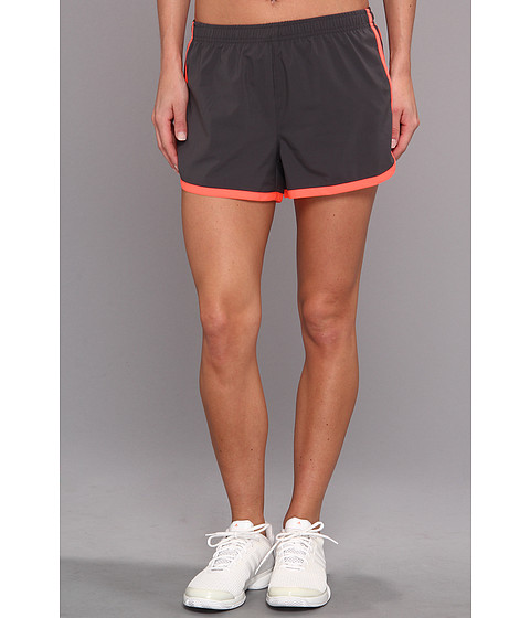 2XU - Run Short (Charcoal/Neon Coral) Women's Shorts