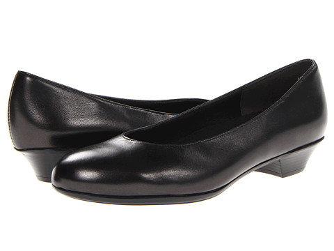 Munro American - Meg (Black Metallic Leather) Women's Flat Shoes