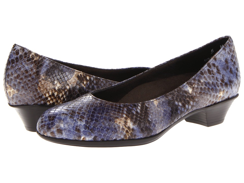 Munro American - Meg (Blue Snake) Women's Flat Shoes