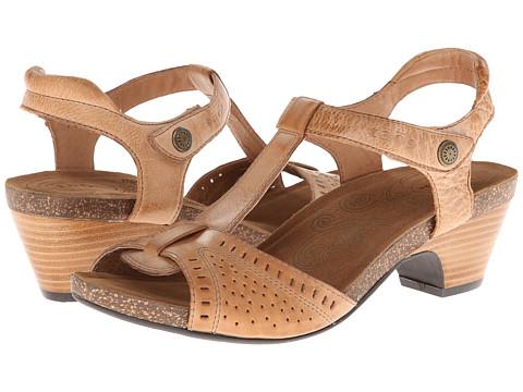 taos Footwear - Teezer (Camel) Women