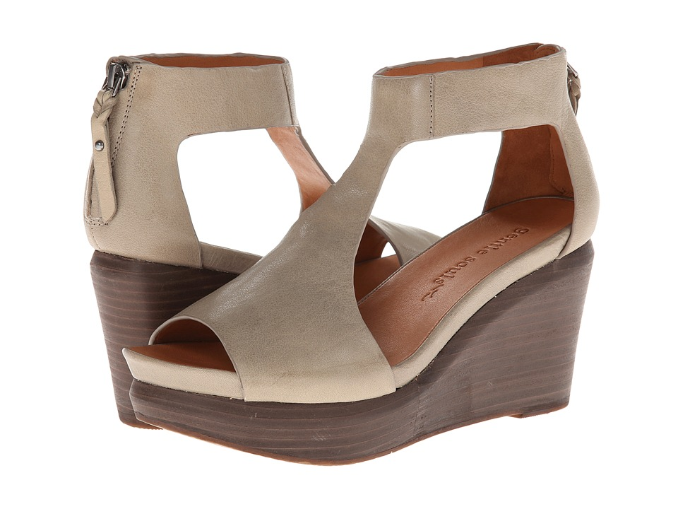 Gentle Souls - Juniper Tea (Dark Taupe Leather) Women's Wedge Shoes