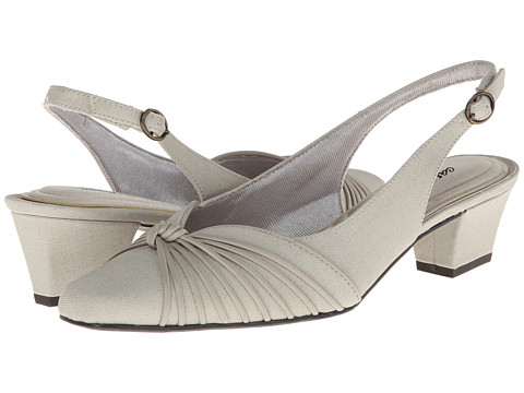 Easy Street - Echo (Oatmeal Linen/Mushroom) Women's 1-2 inch heel Shoes