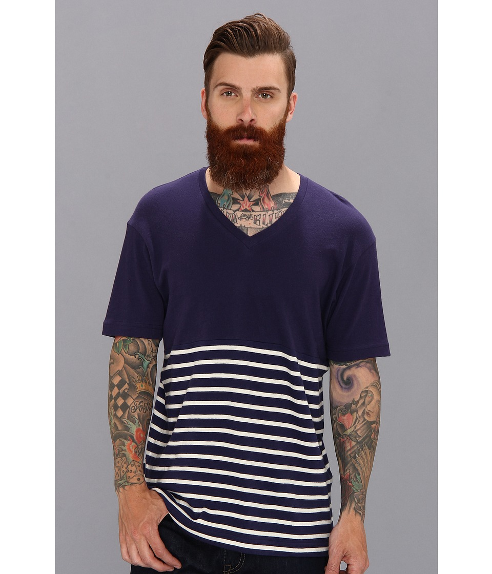 Alternative - Gull Striped V-Neck Tee (Cambridge Blue Sailor Stripe) Men's T Shirt
