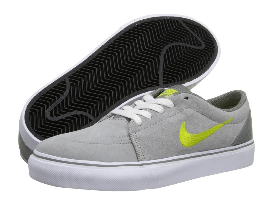 Nike SB Kids Satire Boys Shoes (Gray)