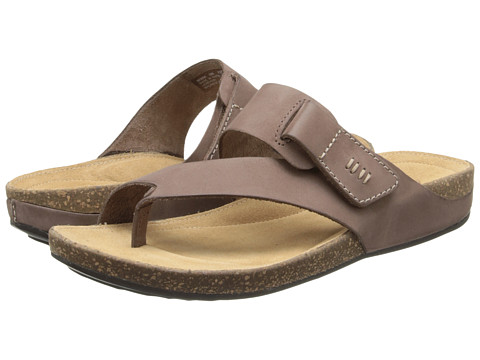 Clarks - Perri Coast (Brown Nubuck) Women's Shoes