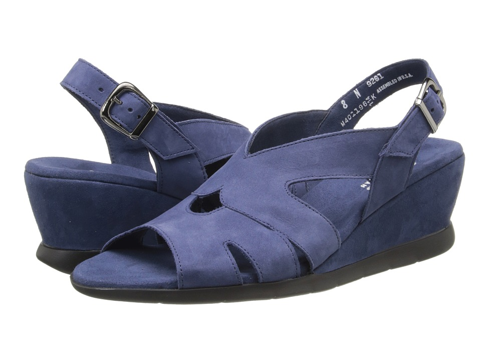 Munro - Lola (Indigo Nubuck) Women's Shoes