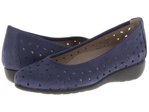 Munro American - Aubrey (Blue Nubuck) Women's Shoes