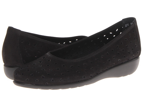 Munro American - Aubrey (Black Nubuck) Women's Shoes
